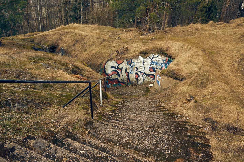 Portaat Pajamäen Patterimäellä